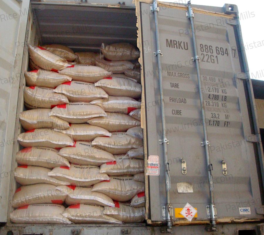 Shipment for Pakistan Long Grain IRRI-6 Parboiled Rice, 5% Broken Rice Exporters.